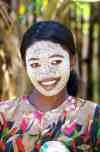 Nosy_Be_Village_Girl_6518i.jpg