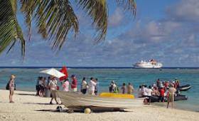Aboard Hapag-Lloyd MS HANSEATIC: Cook Islands