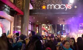 Travel, Shop And Save This Christmas