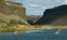 Explore History, Wine and Autumn Scenery Along the Columbia and Snake Rivers on a Luxury Yacht Cruise