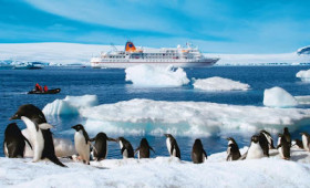 IN THE HEART OF THE ICE CONTINENT, VISIT ANTARCTICA WITH HAPAG-LLOYD CRUISES' EXPEDITION SHIPS