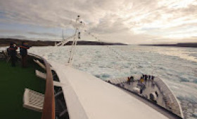 MS HANSEATIC Successfully Sails Through the Legendary Northwest Passage