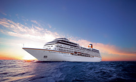 Hapag-Lloyd Cruises' Strategy for the Future: Focus on the Luxury and Expedition Sectors