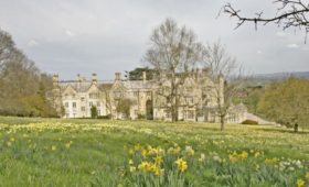 The Cotswolds and South West England Travel Guide